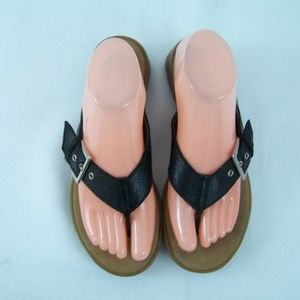 Aerosoles Black Buckle Sandals Size 7.5